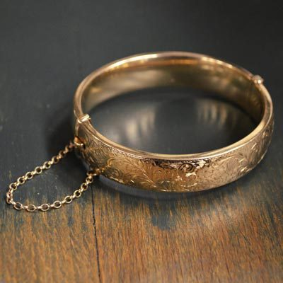 Sell-Your-Gold-Bangles