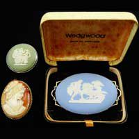 Sell-Your-Wedgwood-Brooches